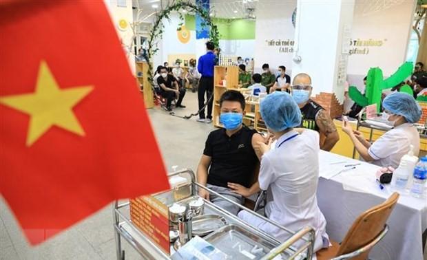 Junge Welt schreibt über Massenimpfung in Hanoi