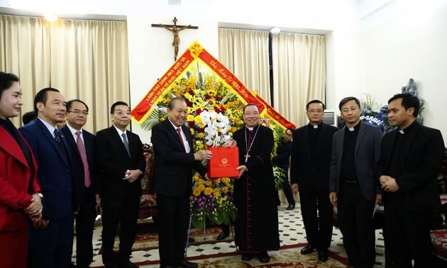 Noël: Truong Hoà Binh présente ses vœux aux catholiques