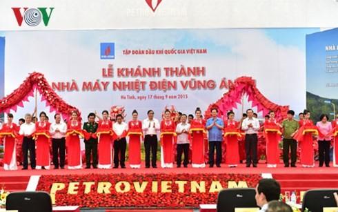 Thủ tướng Nguyễn Tấn Dũng dự lễ khánh thành Nhà máy Nhiệt điện Vũng Áng 1