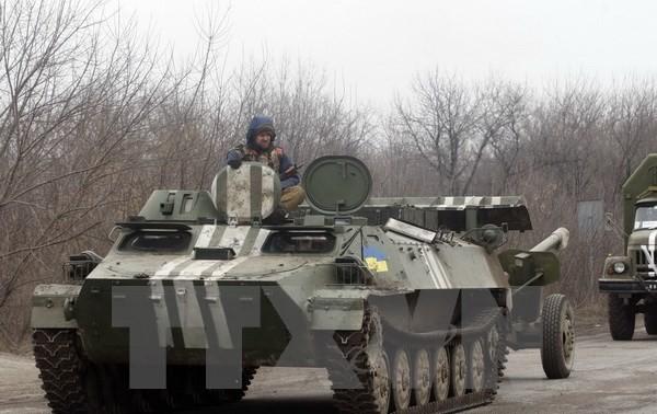 Постпред РФ при ОБСЕ: Киев затягивает отвод вооружений