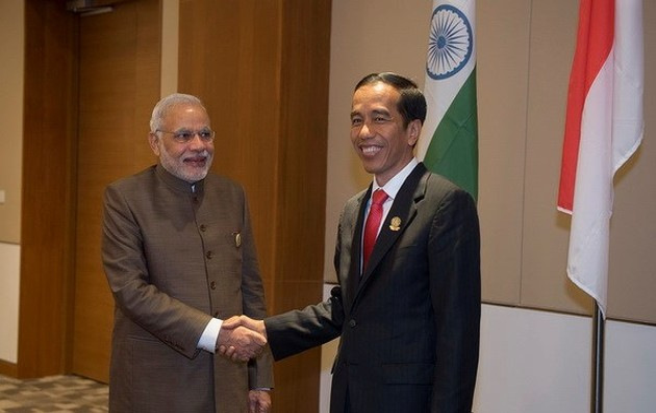 Индия и Индонезия призвали к мирному решению споров в Восточном море