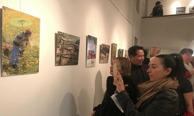 В Венгрии открылась фотовыставка «Красота Вьетнама»