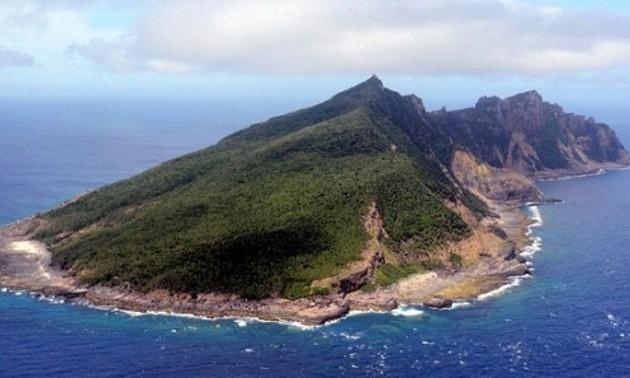 Япония заявила протест Китаю из-за ситуации вокруг спорных островов