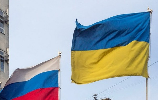 Presiden Rusia menandatangani dekrit yang mengenakan sanksi terhadap Ukraina