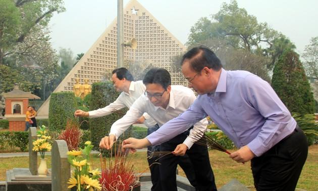 Deputi PM  Vietnam, Vu Duc Dam melakukan temu kerja dengan pimpinan Provinis Dien Bien