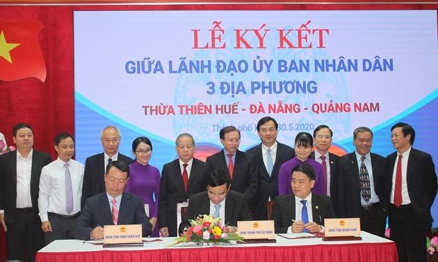 Tiga provinsi dan kota di Vietnam Tengah berkonektivitas mengembangkan pariwisata