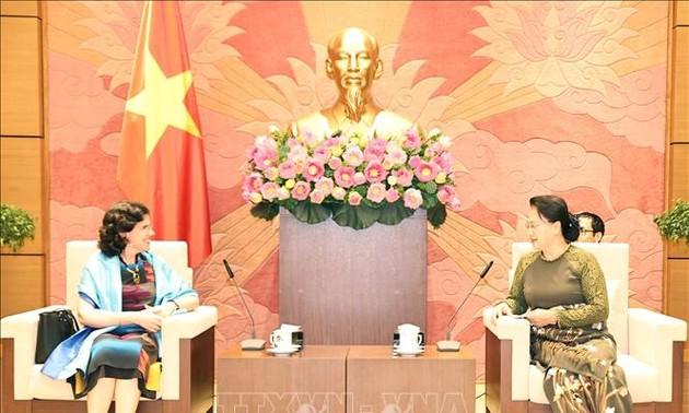 Ketua MN Vietnam, Nguyen Thi Kim Ngan Menerima Dubes Kuba