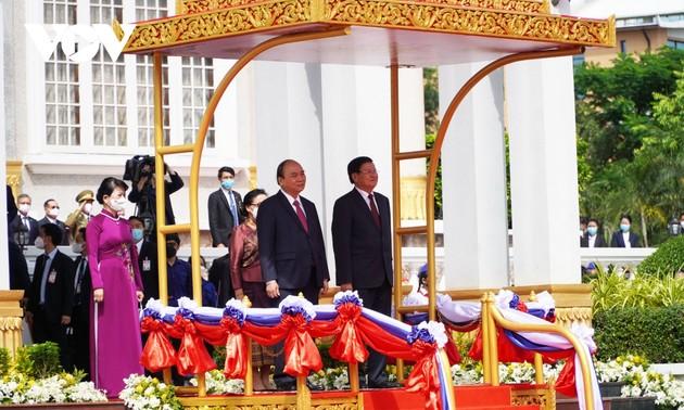 Terus Memupuk Hubungan Persahabatan Vietnam-Laos