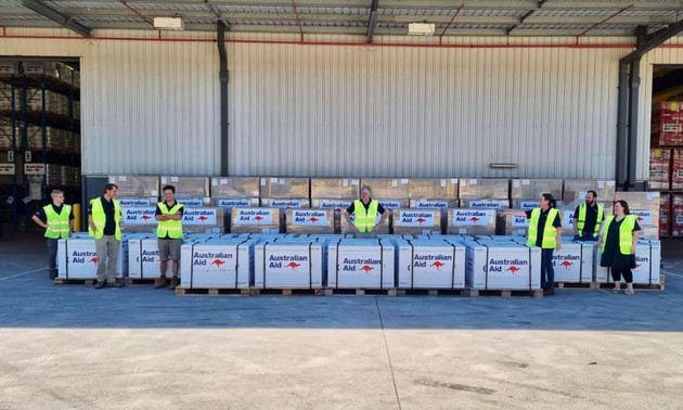 First 400,000 doses of vaccine donated by Australia reach Vietnam
