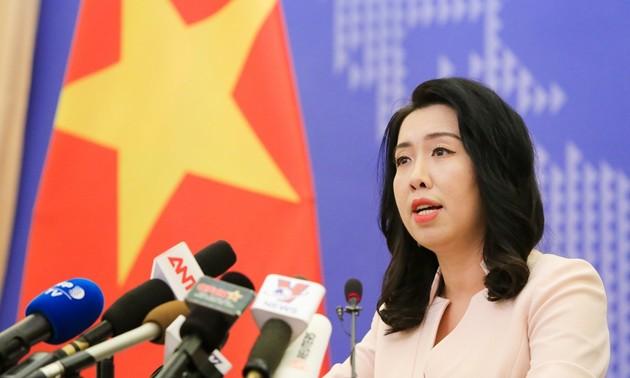 Vietnam memprotes tindakan-tindakan Tiongkok di dua kepulauan Truong Sa (Spratly) dan Hoang Sa (Paracel)