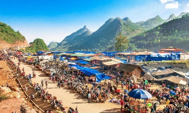 Ikhtisar Surat Beberapa Pendengar dan Perkenalan Sepintas tentang Pasar Bac Ha