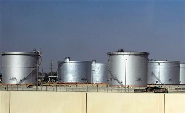 OPEC+ Sepakat Tingkatkan Sedikit Hasil Produksi Minyak Tambang