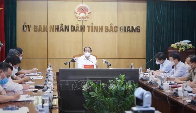 Provinsi Bac Giang Telah Pulihkan Produksi Sambil Memperhebat Pencegahan dan Pengendalian COVID-19