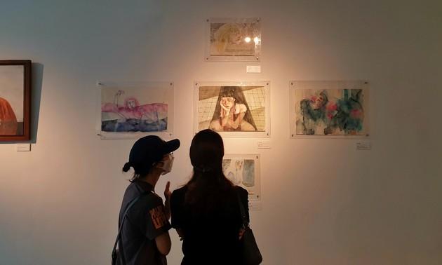 """Pameran Bertajuk """"Apa yang Kita Mainkan"""" Menarik Pecinta Seni Kota Hanoi"""