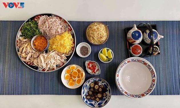 什锦丝汤米线——河内的美食