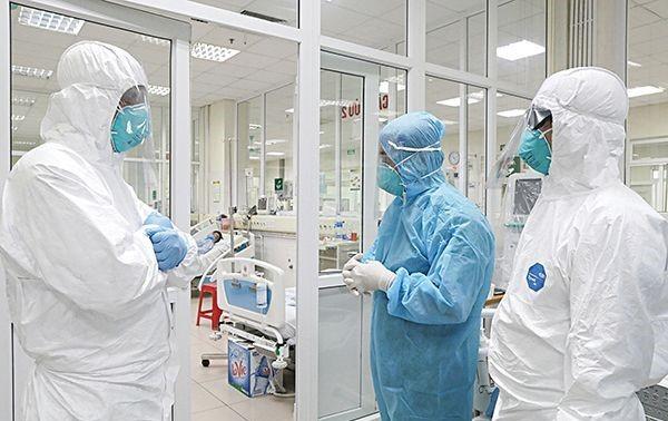 越南首次为一名感染新冠肺炎病毒的联合国人员进行紧急治疗
