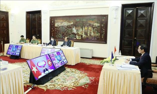 东盟要加强政治安全合作 确保和平、安全、稳定的环境