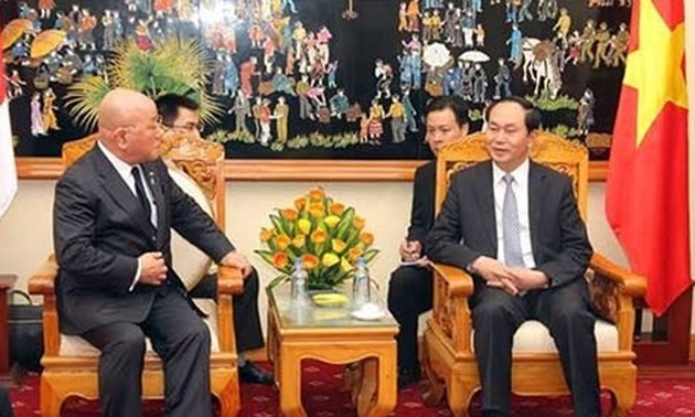Senior Adviser to Japanese Prime Minister pledges to foster ties with Vietnam