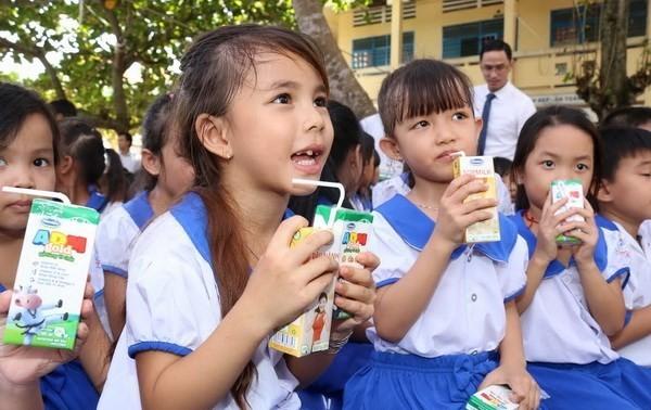 Milk support helps Vietnam's children to stand tall