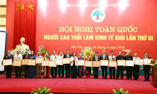 Elderly people with profitable business operation honoured