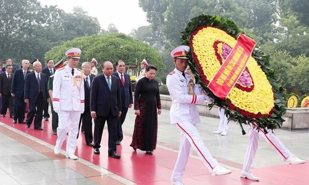 Vietnam pays tribute to war martyrs