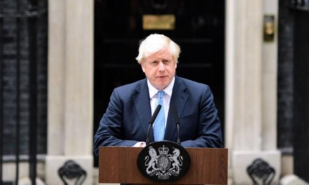 British parliament suspended until mid-October