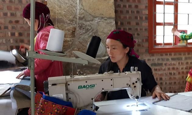 Lanh Trang Cooperative changes life of Sa Phin villagers