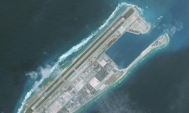 Vietnamese protest China's establishment of districts in East Sea
