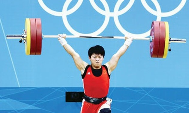 Vietnamese weightlifter promoted to 2012 Olympic bronze medal