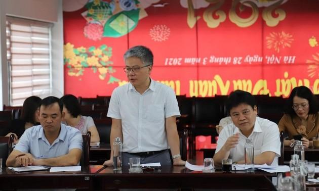 Vietnamese professor elected honorary member of LMS