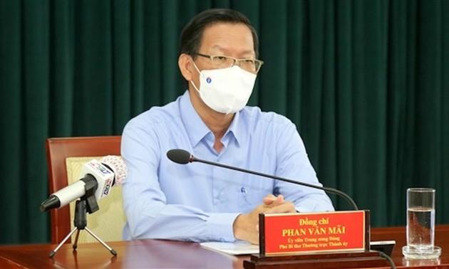 HCMC extends social distancing after August 15