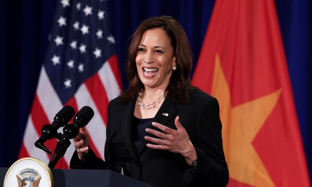 Foreign media cover Kamala Harris's visit to Vietnam