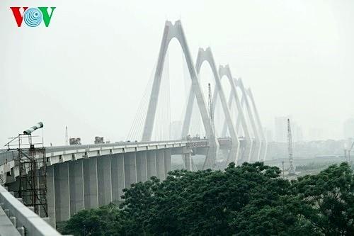 Le pont Nhât Tân à 4 mois de sa mise en service