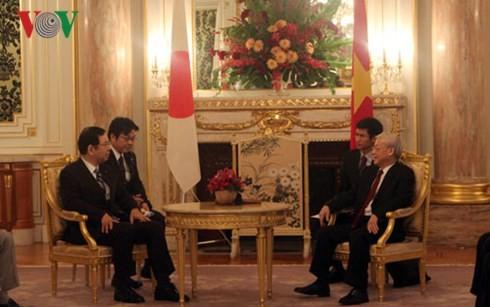 Le Vietnam et le Japon oeuvrent ensemble pour la paix et la prospérité en Asie