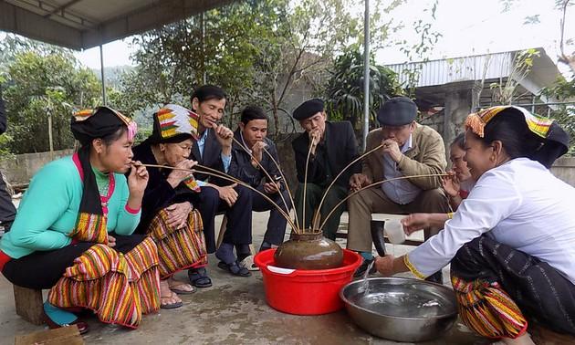 L'alcool chez les Thaï au Vietnam