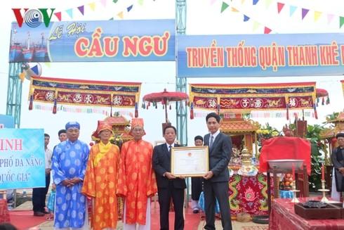 Pesta memohon penangkapan ikan yang sukses  Kota Da Nang mendapat pengakuan sebagai Pusaka Budaya Nonbendawi Nasional