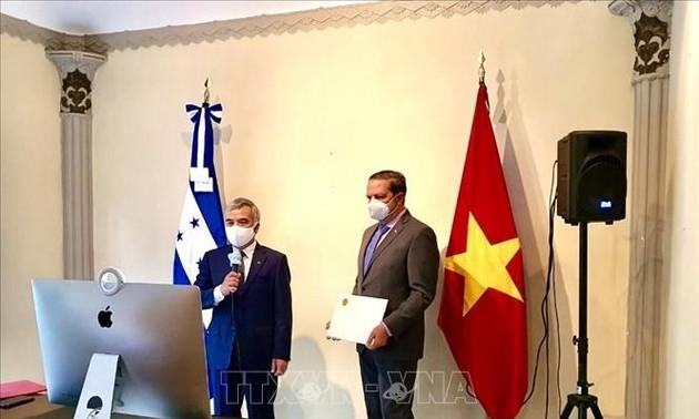Honduras ingin mendorong hubungan persahabatan dan kerjasama dengan Viet Nam