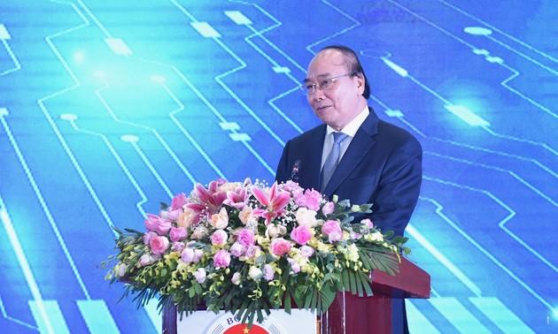 PM Nguyen Xuan Phuc: Memperluas jaringan pemeriksaan dan pengobatan dari jauh ke 14.000 basis medis