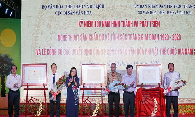 Provinsi Soc Trang memperingati ulang tahun ke-100 seni panggung Du Ke