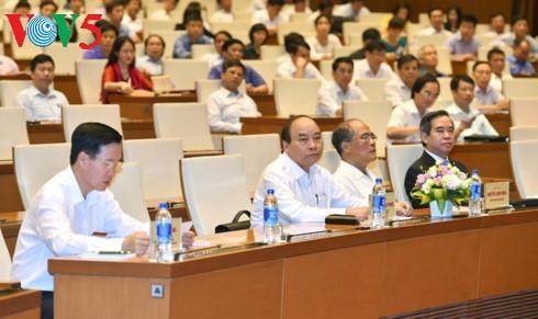 Vietnam impulsa el sector privado para reanimar la economía