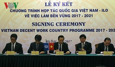 Vietnam y la OIT trabajan en conjunto por la sostenibilidad laboral
