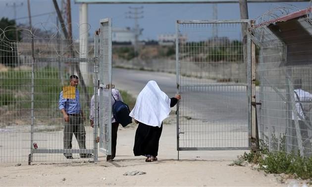 Israel reabre el único paso fronterizo con Gaza por donde transitan personas
