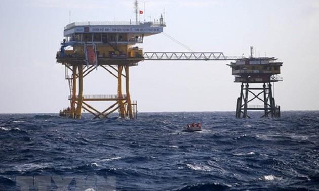 Expertos mundiales condenan las violaciones de China en Mar Oriental
