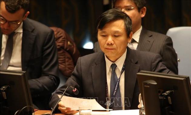 Vietnam comprometido a unir manos para crear cambios en vida de niños ante conflictos armados