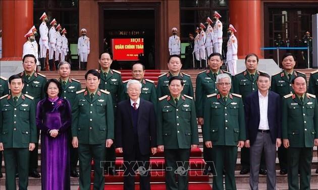 Vietnam por promover la defensa nacional y la seguridad pública