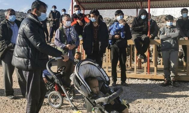 Grecia pide ayuda de la UE para devolver a inmigrantes a Turquía