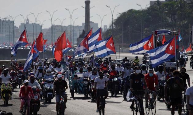 Caravana de protesta en Cuba contra las sanciones de Estados Unidos
