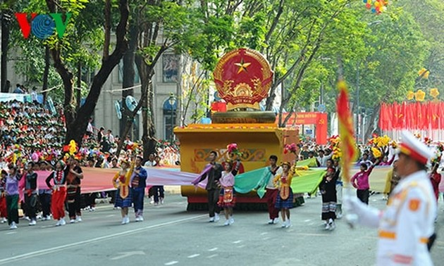 各国メディアも、ベトナムの勝利記念式典を伝える