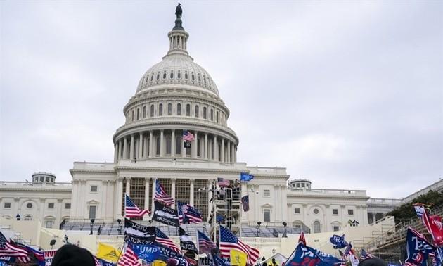 二重の危機に直面しているアメリカ