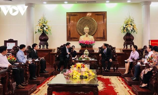 カントー市の指導部、JICAベトナムの事務所長と会合